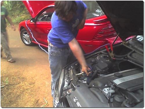 배터리 방전되었을 때 다른 차 도움으로 시동 거는 (점프) 방법