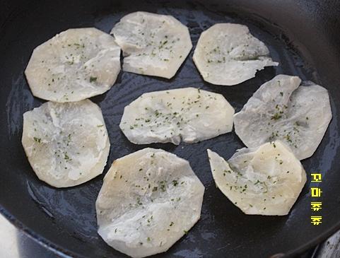 구운 버터 감자칩
