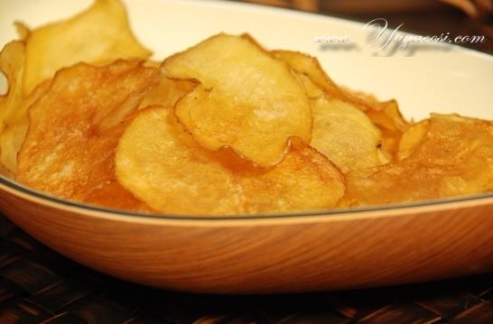 버터 간장으로  구운 감자칩